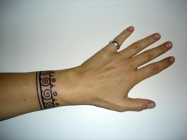 Best Bracelet tattoo Design