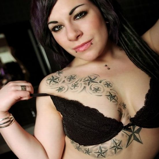 Sexy Girl with Sexy Tattoo Design