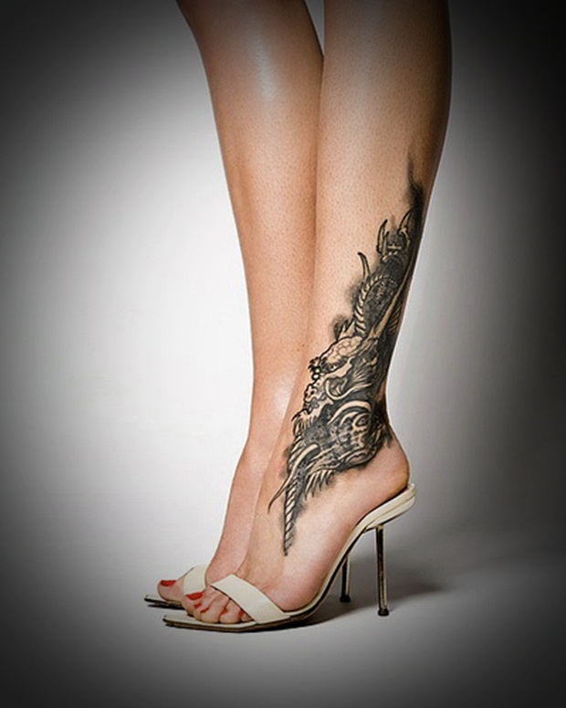 Sexy Leg Tattoo Designs for Women (47)