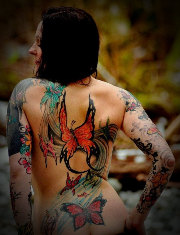 Sexy Lower Back Tattoos for Women (12)