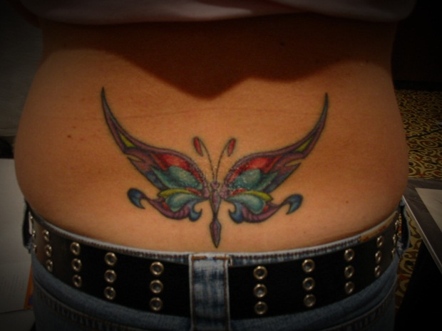 Sexy Lower Back Tattoos for Women (19)