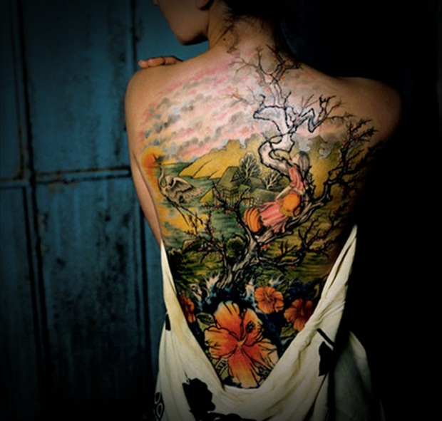 Sexy Lower Back Tattoos for Women (23)