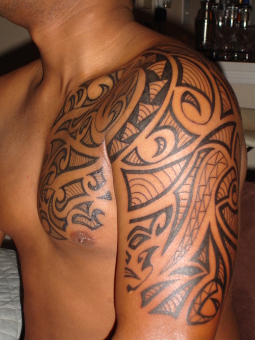 Shoulder Tribal Tattoo Design for Men