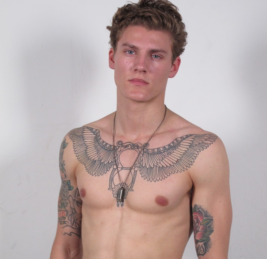 40 Wing Chest Tattoo Designs For Men: Back Tattoo Ideas For Men