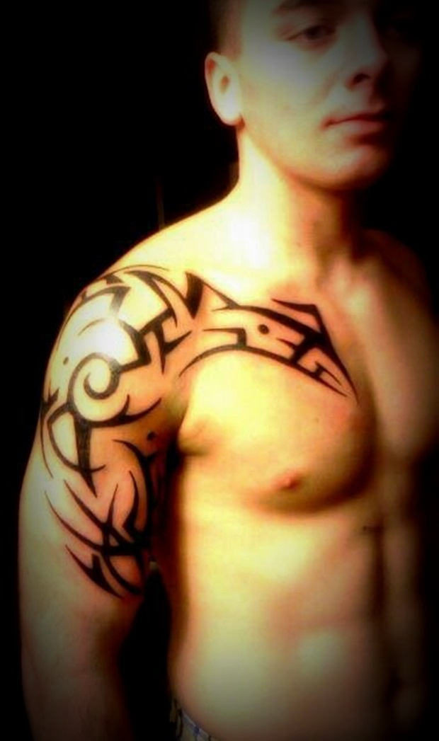 Tribal Tattoos for Men and Women (38)
