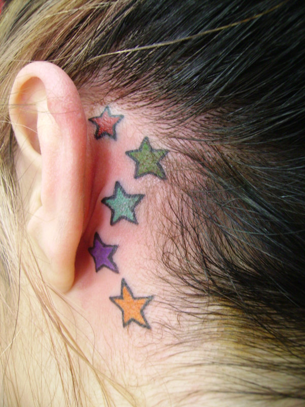 behind-the-ear-tattoos15