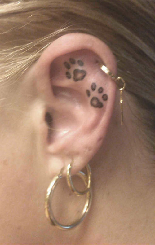 ear-tattoos-10