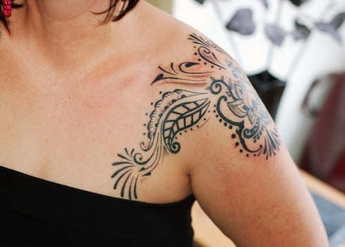Shoulder Tattoo Designs for Girls 27