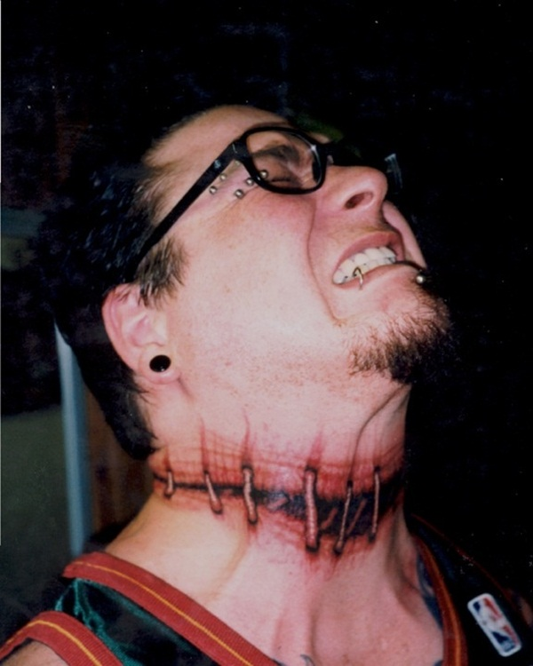 neck tattoos for boys and girls (27)