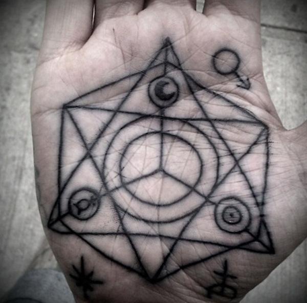 palm tattoos (4)