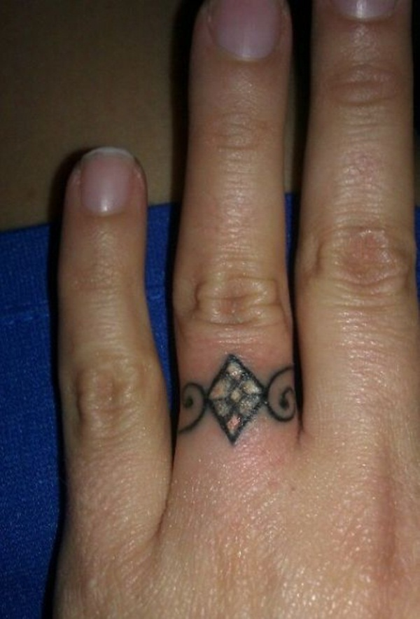 ring tattoos (17)