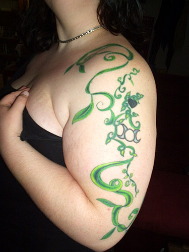 Arm Vine tattoo Designs