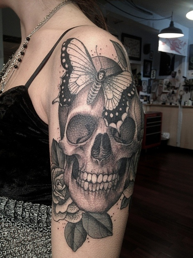dd736ce666faa 35 Amazing Skull Tattoos for Men And Women