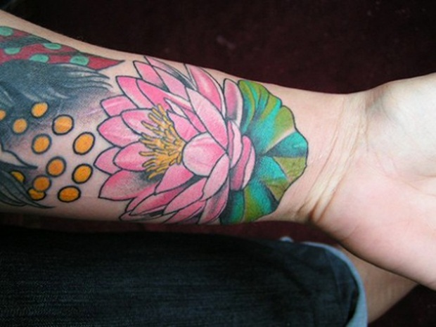 Flower Tattoo Designs for Women24