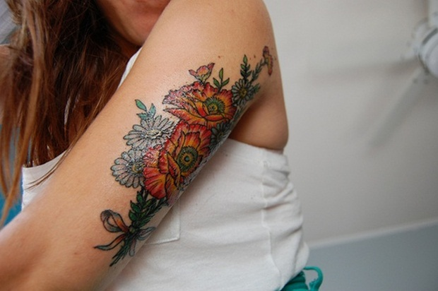 Flower Tattoo Designs for Women30