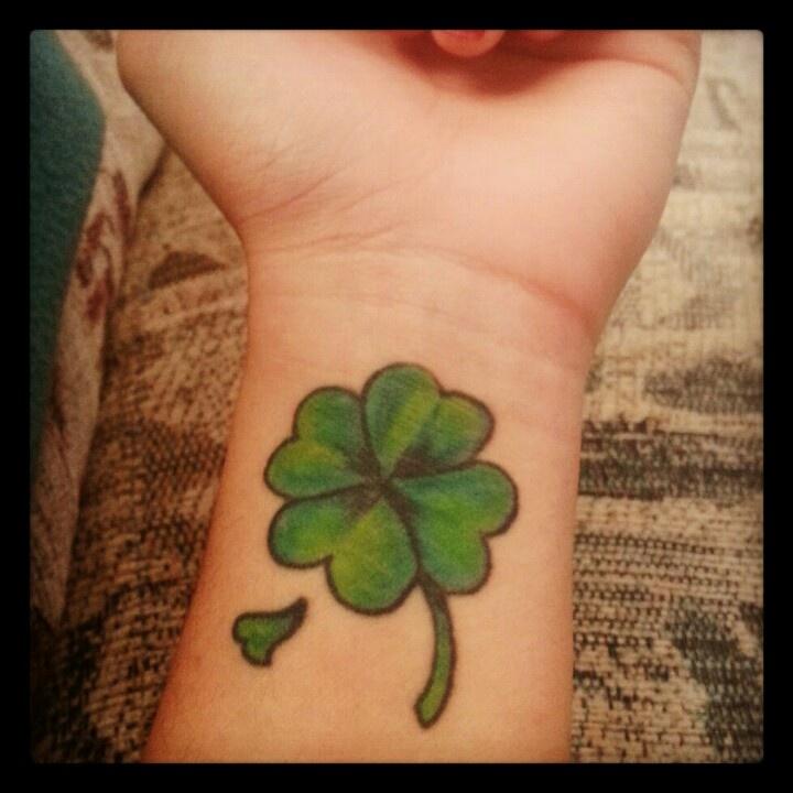 Leaf Tattoo on Wrist