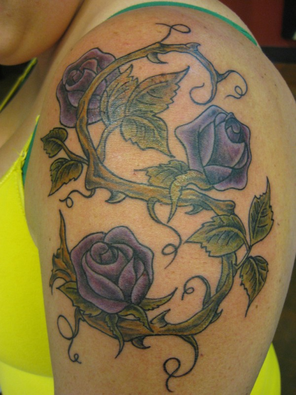 Rose Tattoo Designs for Girls30
