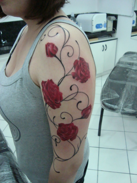 Rose Tattoo Designs for Girls32