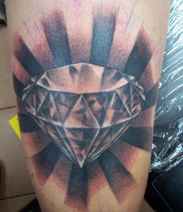 30 Best Diamond Tattoo Designs