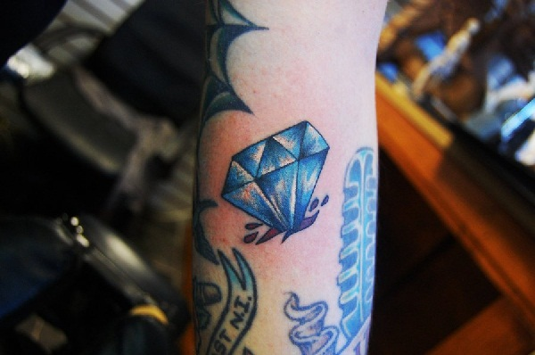 Best Diamond Tattoo Designs27