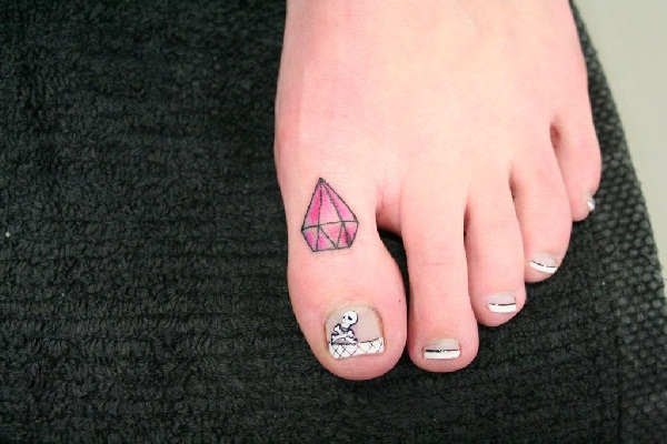 Best Diamond Tattoo Designs7