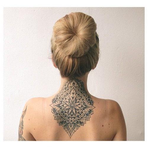 neck tattoos.30