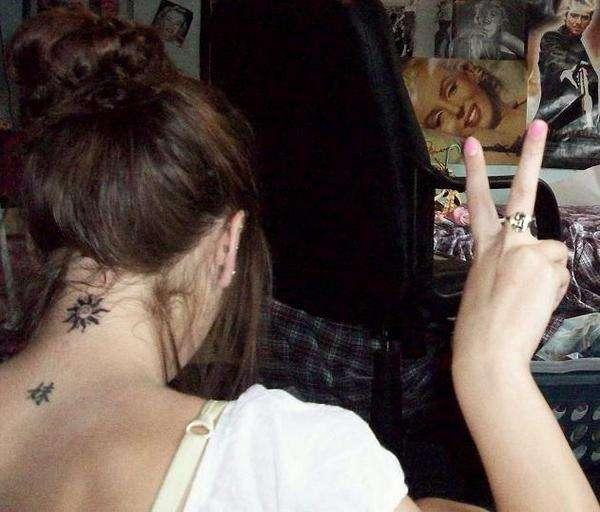 neck tattoos.52
