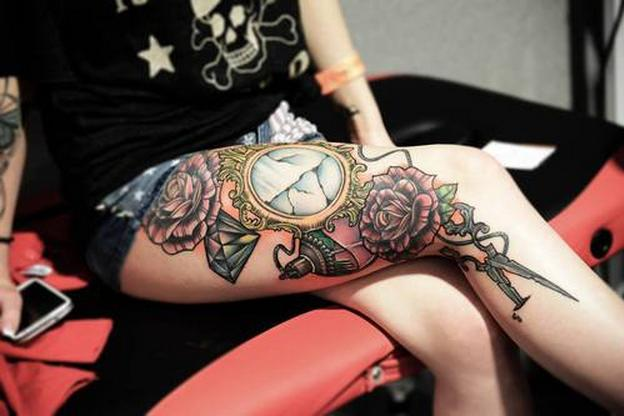 Thigh Tattoos for Women.1
