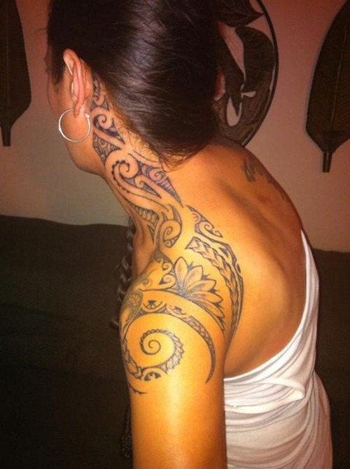Tribal Tattoos for Women.19
