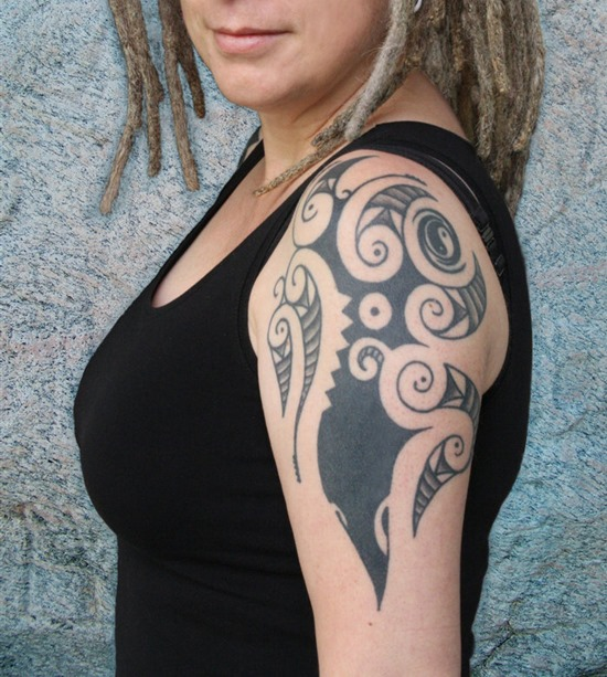 Tribal Tattoos for Women.27