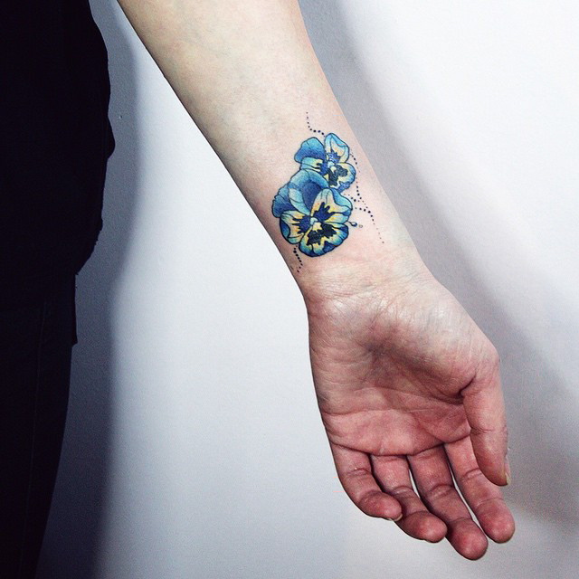 Wrist-Tattoos Design (20)