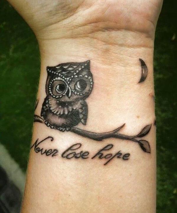 Wrist-Tattoos Design (29)
