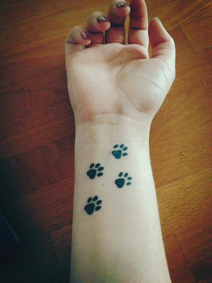 Wrist-Tattoos Design (38)
