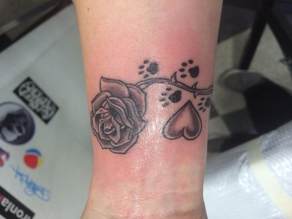 Wrist-Tattoos Design (59)