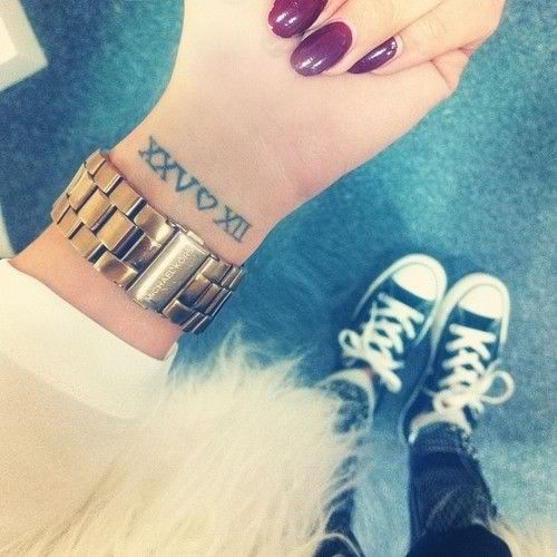 Wrist-Tattoos Design (66)