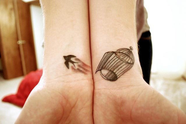 Wrist-Tattoos Design (69)