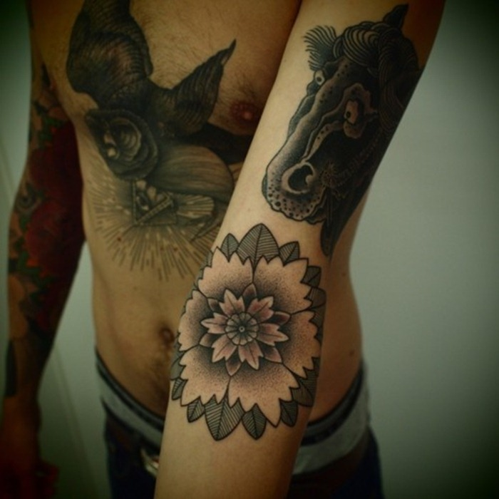 tattoos for men and women.45
